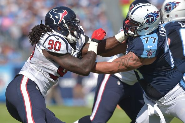 titans-holding-photo-credit-don-mcpeak-usa-today-sports
